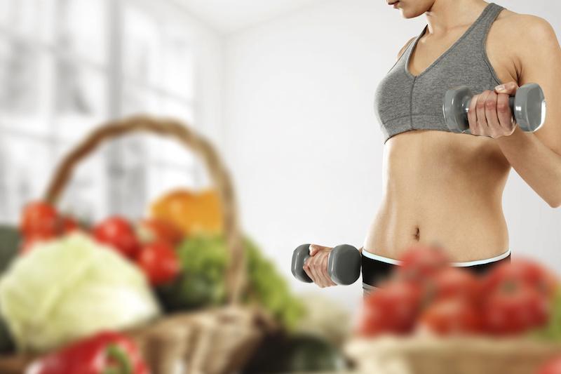 健康と運動に気遣う女性