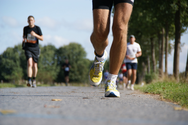 ジョギングする人たち